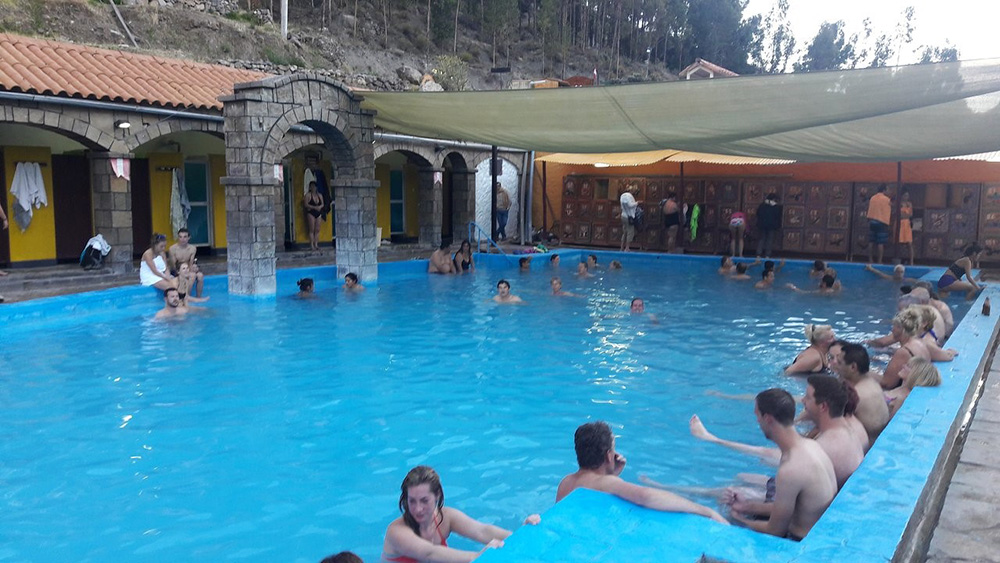 Day 7: AREQUIPA - CHIVAY (THERMAL BATHS OF LA CALERA AND CHIVAY)