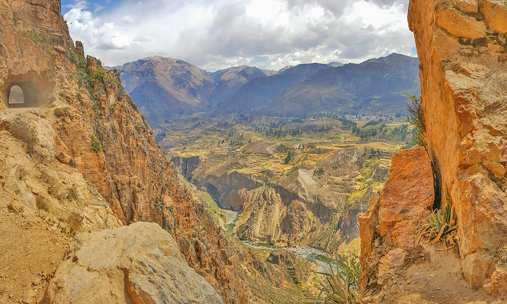 Day 7: AREQUIPA – COLCA CANYON FIRST DAY