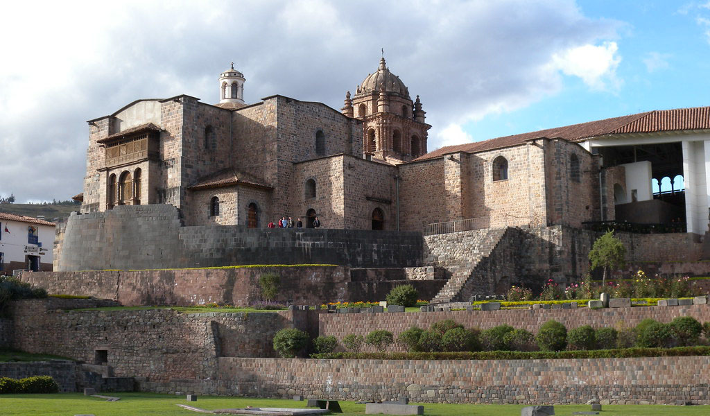 Day 9: CUSCO: CITY TOUR + 4 NEARBY RUINS