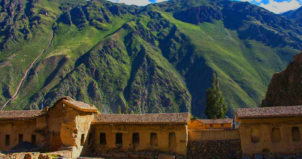 Day 10: CUSCO: SACRED VALLEY AND TRAIN TO AGUAS CALIENTES